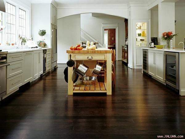 Sàn nhựa, vật liệu lót sàn nhà Bếp