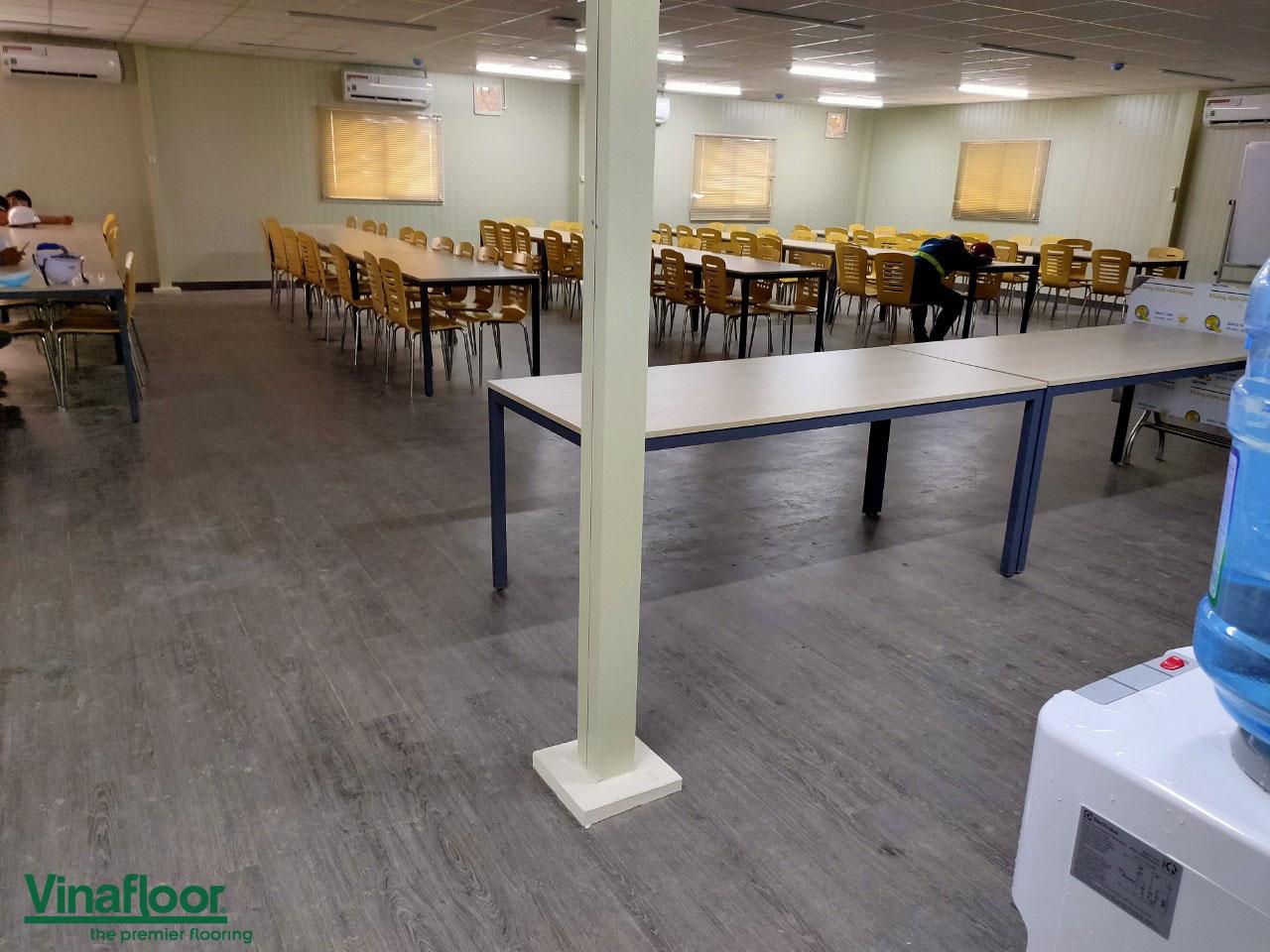 sàn nhựa giả gỗ dlw1067 lọc hóa dầu miền nam Việt Nam