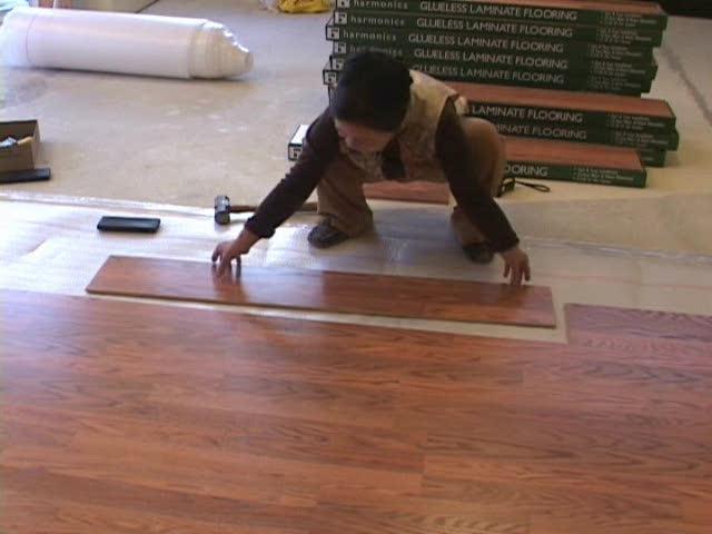 Các bước thi công và lắp đặt sàn vinyl